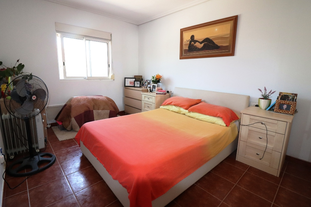 4 bed Country Property in San Fulgencio - Country image 10