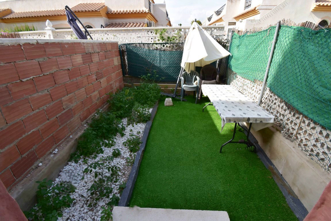 2 bed Townhouse in Playa Flamenca image 11