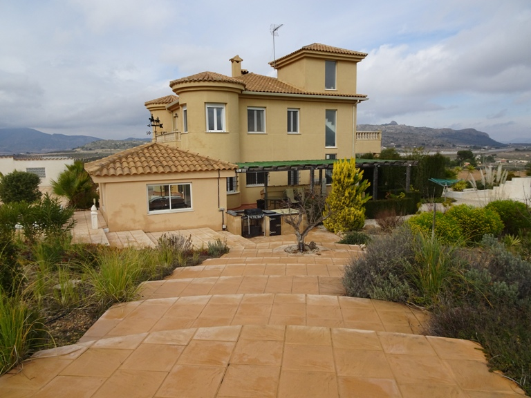5 bed Country Property in Elda - Country image 14