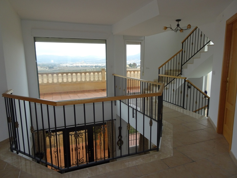 5 bed Country Property in Elda - Country image 15