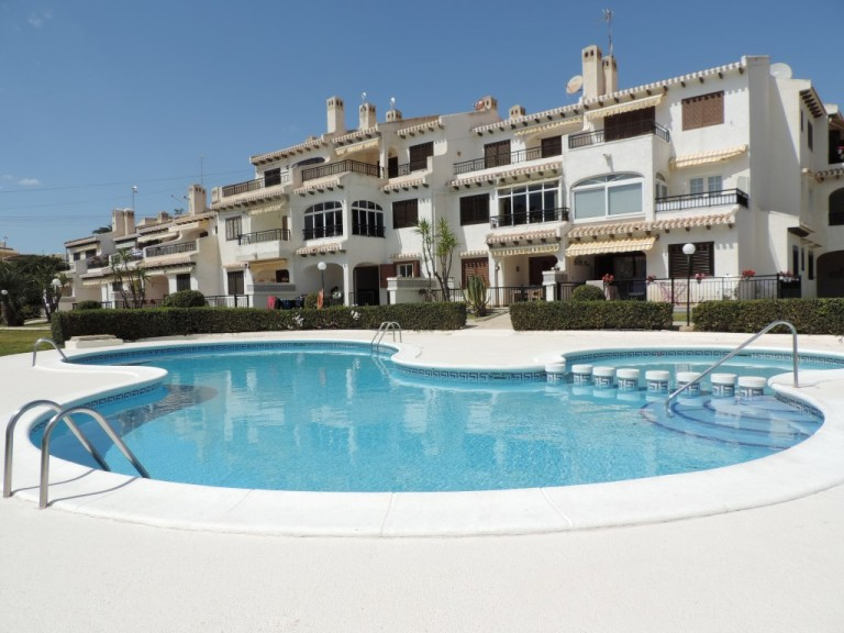 2 bed Apartment in Cabo Roig image 1