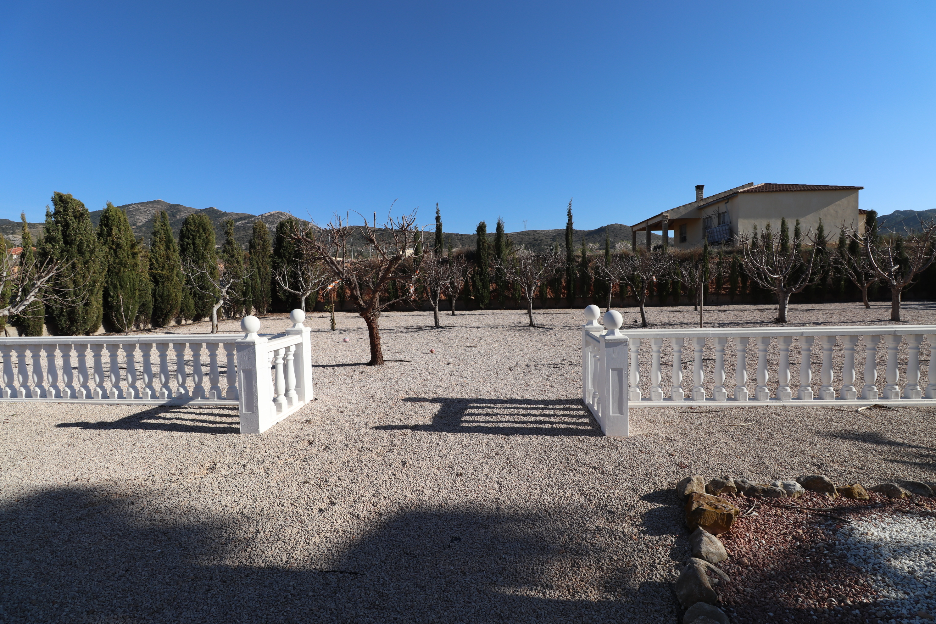 3 bed Country Property in Hondon de Los Frailes image 23
