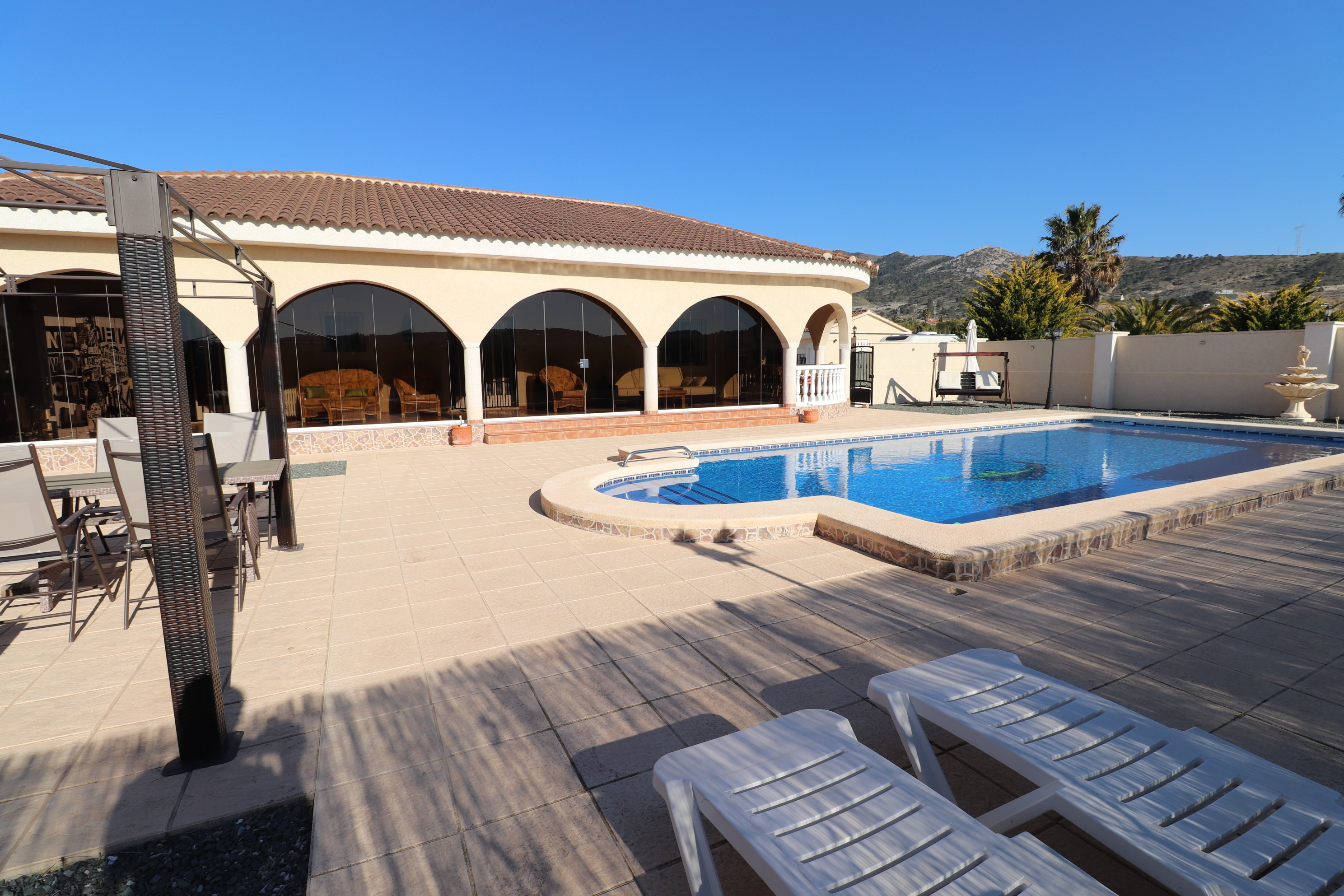 3 bed Country Property in Hondon de Los Frailes image 24