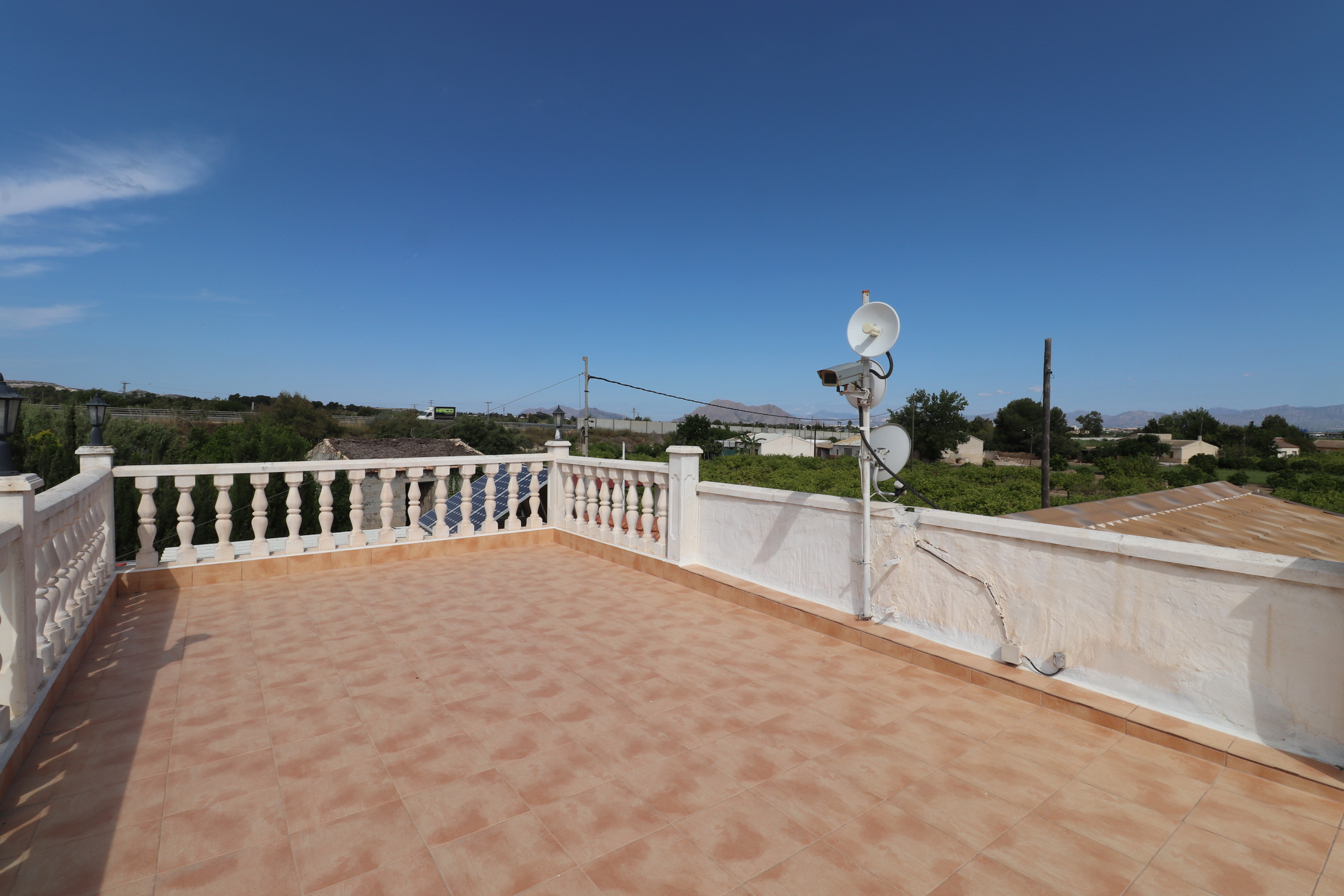 4 bed Country Property in Heredades - Country image 2