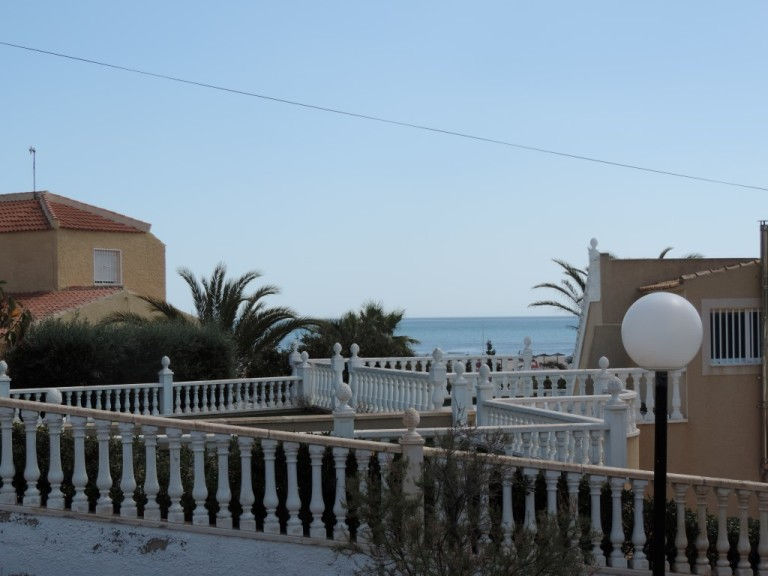 2 bed Apartment in Cabo Roig image 2