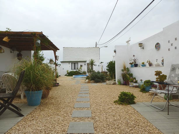 4 bed Country Property in Orihuela - Country image 1