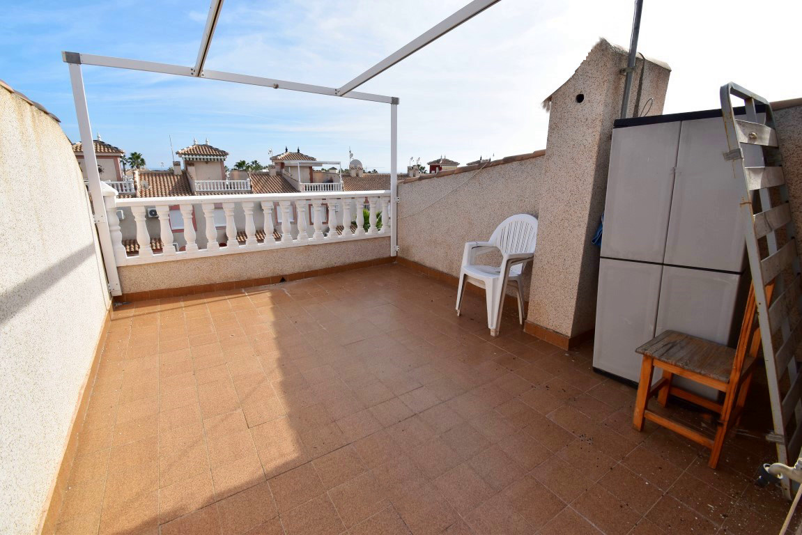 2 bed Townhouse in Playa Flamenca image 2