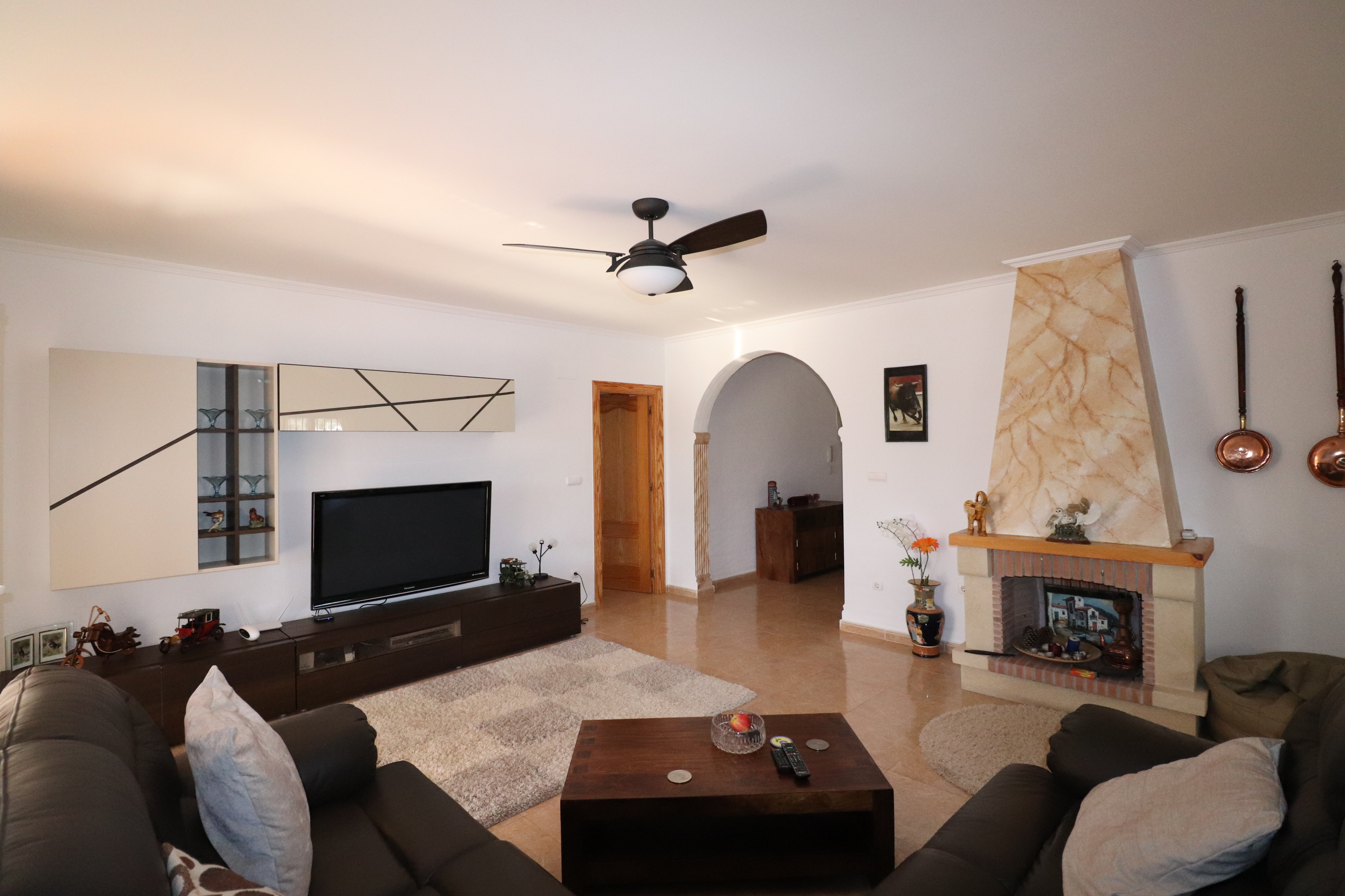 3 bed Country Property in Hondon de Los Frailes image 3