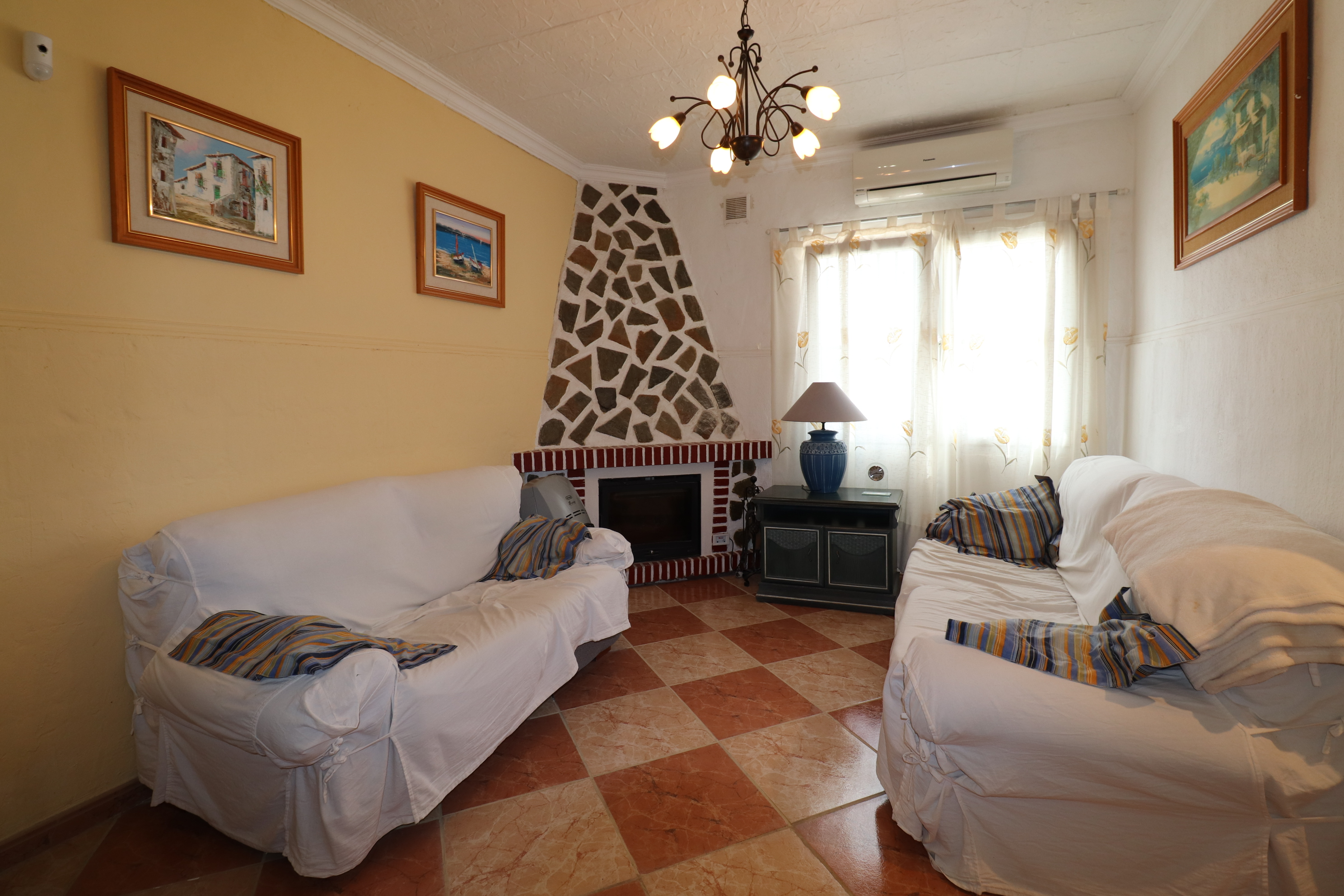 4 bed Country Property in Heredades - Country image 3