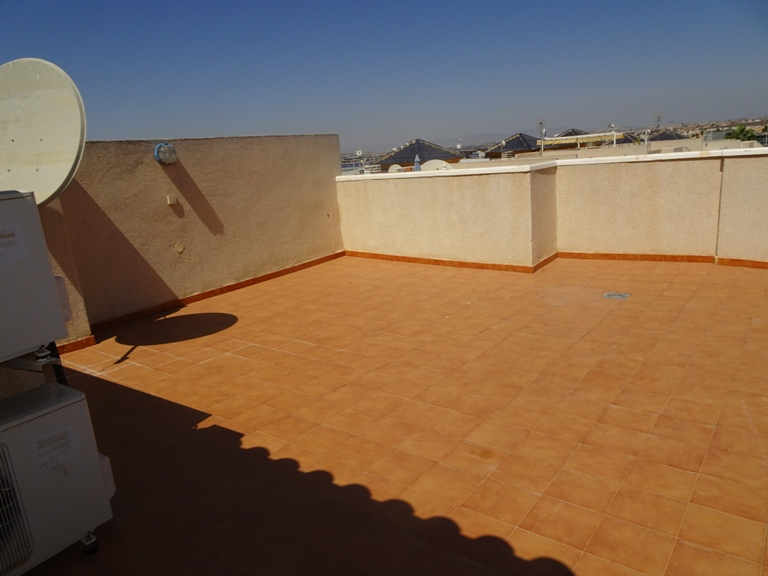 2 bed Apartment in Torrevieja - Centre image 3