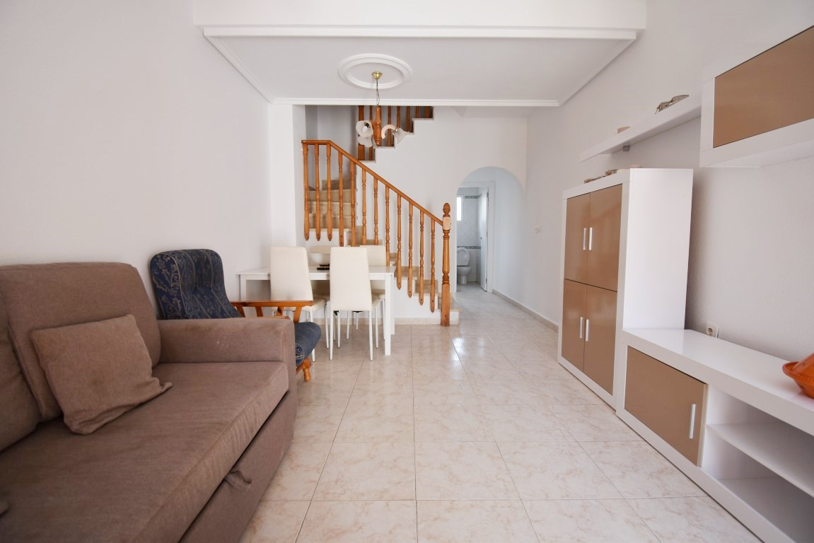 2 bed Townhouse in Playa Flamenca image 4