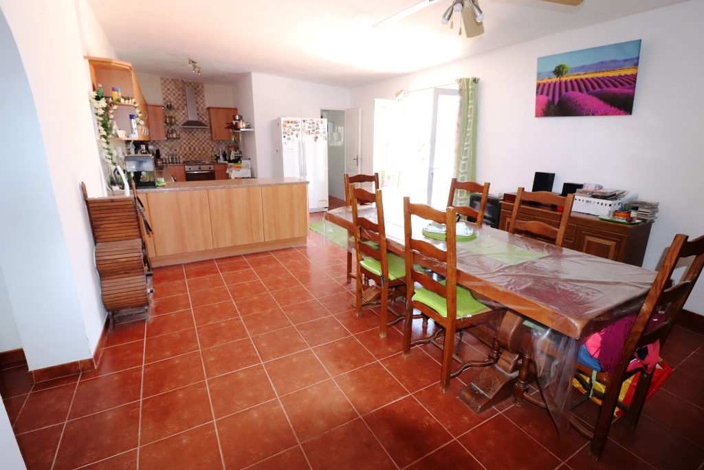 4 bed Country Property in San Fulgencio - Country image 2