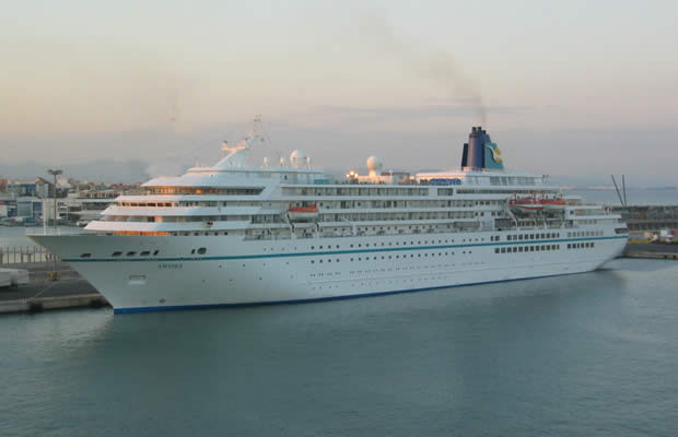 First ever cruise ship arrives in Torrevieja