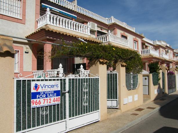 Rent Cheap Apartment in Campoamor, Costa Blanca.