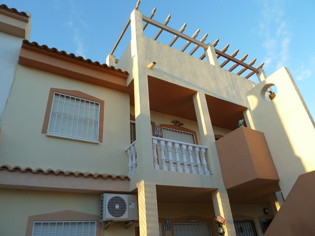Buy Resale Apartment in Catral, Alicante.