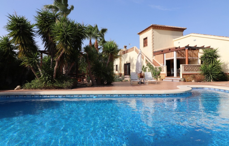 To enjoy a healthy and relaxed life, buy a property for sale Formentera